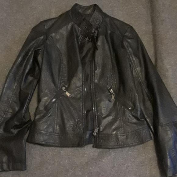 306d00209fc5 last kiss Jackets   Coats